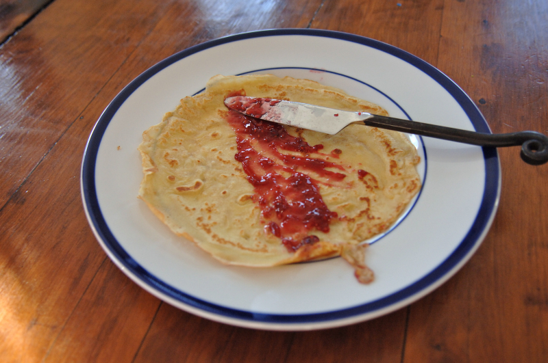 Crepe with jam 1